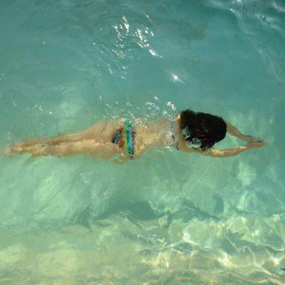 Nageuse en vacances en Vendée